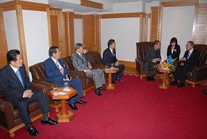 潘基文国連事務総長と会談