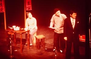1976年「Song of Asia」の日中間の和解のシーンで日本人医師を演じる藤田。