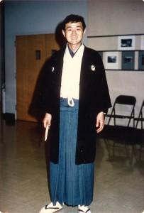 「Song of Asia」では紋付き羽織袴も自分で着こなして舞台に立った。