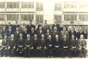 1956年日立市役所 完成