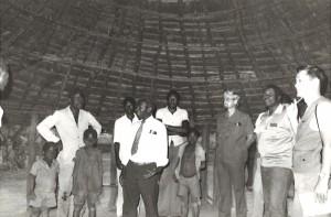 1984年森進一さんの「じゃがいもの会」の井戸掘プロジェクトを立ち上げる