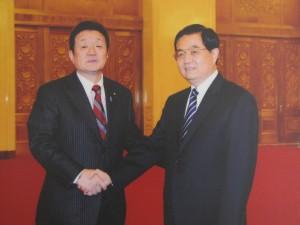 2009年12月 中国胡錦濤国家主席と。(人民大会堂で)