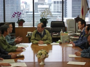 細川厚生労働大臣と鹿野農林水産大臣に対する茨城県橋本昌知事の要望活動の会談をセットし、同行しました。