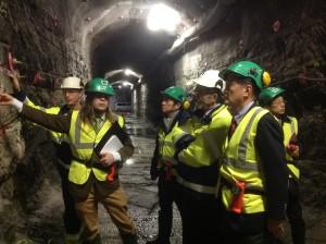 2013年12月 フィンランドのオンカロを視察。核廃棄物最終処分施設の地下420m