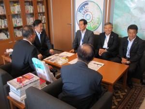 茨城県の港湾・海岸の整備予算に関する要望書を頂きました