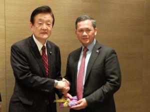 カンボジアのフン・マネット国軍参謀次長(フン・セン首相長男)との昼食会に出席しました