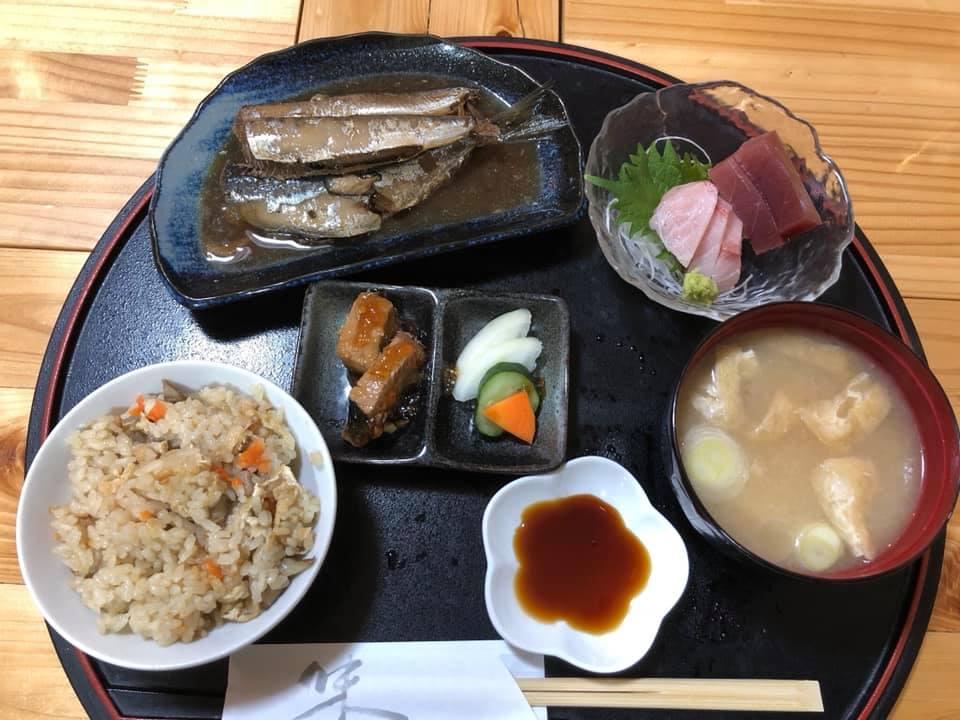 鉾田市の『はなしん』の昼定食です!