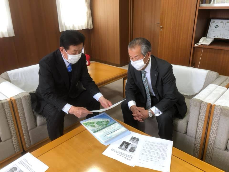 茨城町の小林宣夫町長から、新型コロナウィルス対策をうかがう