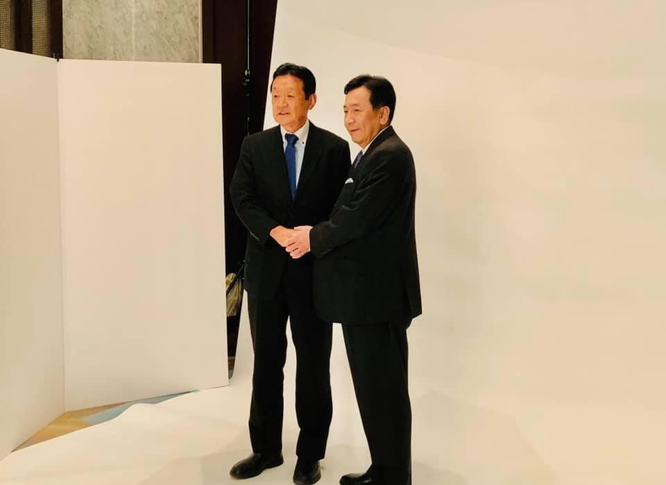 枝野幸男代表と選挙用の写真撮影